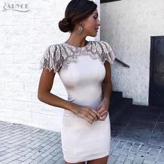 This article will show you the best four types of dresses that will make you the star of the party with classic but sophisticated looks. Club Dresses, Sexy Dresses, Nice Dresses, Evening Dresses, Fashion Dresses, Bandage Dresses, Women's Fashion, Winter Dresses, Elegant Dresses