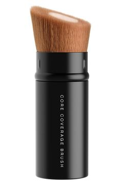 Built with tightly packed synthetic fibers at its core, the retractable Core Coverage Brush by bareMinerals provides fast, detailed, buildable coverage for an unparalleled airbrushed finish. Its dense core fibers allow for fast application while soft outer fibers provide an even finish.