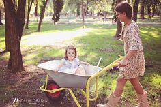 Sedinta foto copii la gradina - fotograf profesionist Andreia Gradin Wheelbarrow, Children Photography, Garden Tools, Cover Up, Kids, Young Children, Boys, Kid Photography, Yard Tools