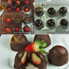 Quem aí ia amar receber uma caixa de Trufas de Chocolate Meio Amargo com Morangos nesta Páscoa, hein?  #Receita aqui: http://www.gulosoesaudavel.com.br/2013/03/29/trufas-chocolate-meio-amargomorangos/