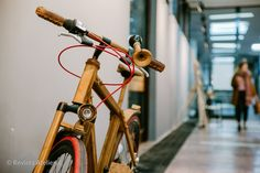 Noaptea albă a creatorilor şi designerilor de produs, ediţia a VI-a a fost o ediţie fabulousă pentru noi: pe lângă locaţia extraordinară – Universitatea de Arhitectură şi Urbanism Ion Mincu – am av… Urbanism, Bicycle, Journals, Universe, Bike, Bicycle Kick, Bicycles
