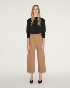 Shop Bishop Pant from Rachel Comey at La GarÁonne. La GarÁonne offers curated designer goods from luxury and emerging designers. Stylish Outfits, Fall Outfits, Fashion Outfits, Nice Outfits, Wide Pants Outfit, Dress Up Closet, Cropped Wide Leg Trousers, Rachel Comey, Your Turn