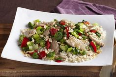 Chopped cashews add taste and texture to this easy stir-fry. Made with our Asian dressing, pork tenderloin, bok choy, broccoli and red peppers, this super Pork-Cashew Stir-Fry is a weeknight winner! Stir Fry Recipes, Pork Recipes, Lunch Recipes, Vegetarian Recipes, Cooking Recipes, What's Cooking, Kraft Recipes, Easy Chinese Recipes, Cooking