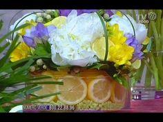 Come realizzare uno splendido centrotavola con fiori e limoni