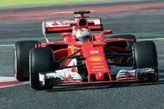 Vettel su Ferrari fa suo il Gran Premio del Bahrain, secondo Hamilton