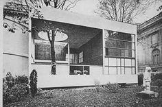 Pavillion de L'Espirit Nouveau 1925 by Le Corbusier