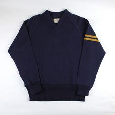 Dehen 1920 Varsity V-Neck (Navy/Old Gold)