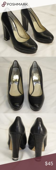 """Michael Kors Jet Set 6 Pumps Size 6M #101 Michael Kors Jet Set 6 black leather pumps. Size 6M, style """"Sabrina"""".  Heel height 4.5"""".  These are pre-owned shoes in excellent condition.  The uppers are like new with no signs of wear, the soles are in great condition with a couple spots of pitting from gravel. Michael Kors Shoes Heels"""