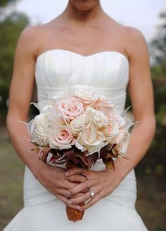 nude peach and burgundy hints for a nude color wedding theme.