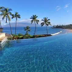 "Missing the spectacular views from the pool at the @fsmaui resort today. #fbf ━━━━━━━━━━━ ""Dream Big, Eat Well & Travel On!"" ━━━━━━━━━━━"