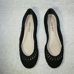 Nine west Flat shoes Beautiful knitted flat shoes ,Used few times but still in great condition :)  in size 7 :) Nine West Shoes Flats & Loafers