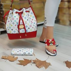 Gucci Handbags Outlet, Purses And Handbags, Sneakers Fashion, Fashion Shoes, Women's Fashion, Womens Designer Purses, Balenciaga Sandals, Cute Luggage, Louis Vuitton Sneakers