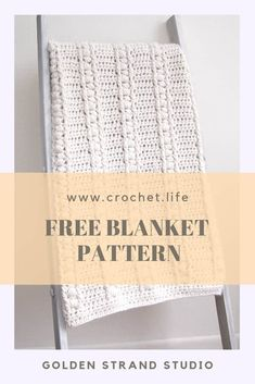 How fun is this easy crochet blanket pattern? I can whip this up so fast and the result--so cute! Get this bulky crochet blanket (free pattern) and make a fun blanket quick. Crochet Placemat Patterns, Crochet Chart, Crochet Afghans, Crochet Blankets, Crochet Stitches, Free Crochet, Dishcloth Crochet, Crochet Mandala, Afghan Patterns