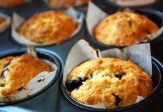 Joghurtos-dzsemes muffin recept képpel. Hozzávalók és az elkészítés részletes leírása. A joghurtos-dzsemes muffin elkészítési ideje: 45 perc