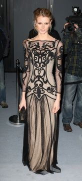 Unclear who this woman is but it is another Temperley of London dress that's really smashing