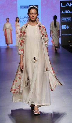 Vineet Rahul - Lakme Fashion Week - SR 17 - 8