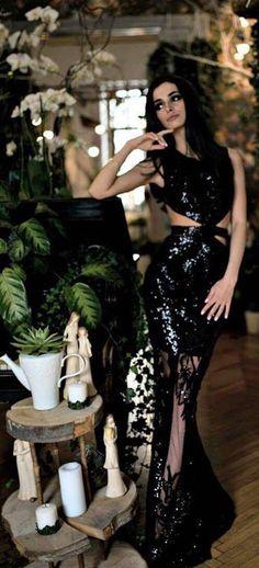CRISTALLINI #EveningDress #BlackDress #RedCarpet #Sequins #Prom