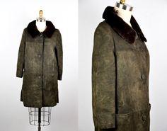 Vintage Fur Coat / Leather Coat / Fur Collar Coat by ItaLaVintage
