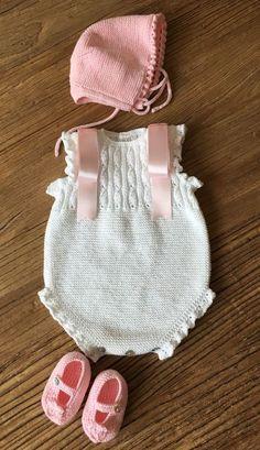 4 Pdf Crochet Patterns - Newborn Photo P - Diy Crafts Baby Romper Pattern, Baby Sweater Knitting Pattern, Knitted Baby Cardigan, Diy Crafts Knitting, Knitting For Kids, Crochet Projects, Newborn Crochet Patterns, Crochet Baby, Diy Romper