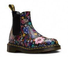Boots chelsea doc martens 16+ Ideas #boots #drmartensboots