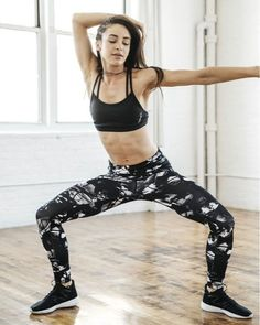 Danielle Peazer's Easiest Ever Workout To Banish Bingo Wings - Health and Wellbeing Bingo Wings, Hip Hop Dance, Body Inspiration, Sexy Cars, Beauty And The Beast, Pretty Woman, Style Icons, Reebok, Fashion Brands