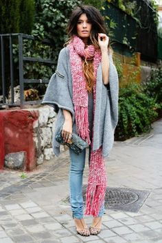 This Fall/Winter outfit just says fabulous all over it! Oversize sweaters are so hot this season!
