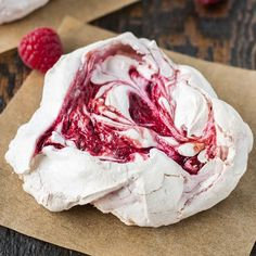 Chewy Raspberry Meringues! Light and crunchy on the outside, soft and chewy on the inside.   livforcake.com
