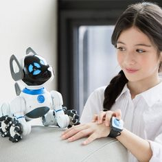 WowWee CHiP: Trainable Robot Dog