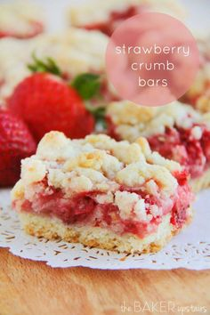 Strawberry crumb bars from The Baker Upstairs. These bars are to die for! www.thebakerupstairs.com