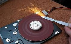 Mini lijadora fija con disco duro de computadora□ Terminal Nerviosa | Inventos, ideas, experimentos y más de forma casera