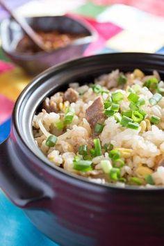 びっくりするほど箸がすすむおいしい混ぜご飯 by オンマ(相澤久美江) / 豆もやしの触感と特製薬味ダレとが抜群の相性で、ご飯がすすんですすんで止まらな~い。 / Nadia