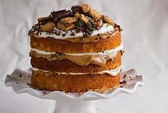 The Kate Tin: Caramel Peppermint Crisp Cake South African Desserts, South African Recipes, Peppermint Crisp Tart, Peppermint Cake, Great Desserts, Dessert Recipes, Low Fat Cheesecake, Crisp Recipe, Fudge