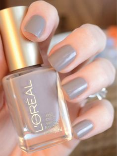 "for you."" Eiffel For You nail polish by L'Oreal Just bought this and used it. Such a great soft gray for fair skin typesEiffel For You nail polish by L'Oreal Just bought this and used it. Such a great soft gray for fair skin types Mauve Nails, Gray Nails, Grey Nail Polish, Nail Polish Colors, Loreal Nail Polish, Gel Nail, Ongles Beiges, Manicure And Pedicure, Toe Nails"