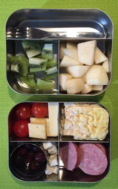 Vandaag #meenaarschool maiswafels, super lekkere kaas van Marienwaerdt, worst en tomaatjes van @bioboerinshaula