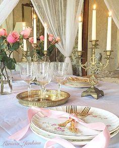 French Country romantic tablescape decor ideas