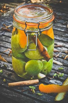 How to make homemade greengage gin