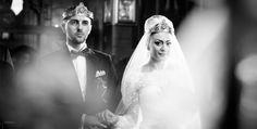 Fotograf de nunta profesionist.... True Stories, Crown, Fashion, Moda, Corona, Fashion Styles, Fasion, Crowns