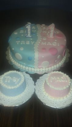 """This is a 10"""" 2 layer vanilla, with two 3 in. """"SMASH"""" cakes. This was created for the Ellerbrock Twins 1st Birthday Party."""