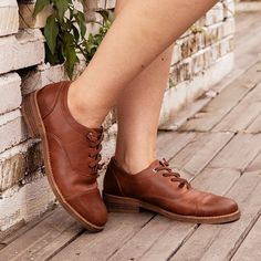 Artificial Leather Low Heel Oxford Lace-Up Loafers – cuteshoeswear loafers with socks loafers style loafers for women outfit cute loafers brown loafers Brown Loafer Shoes, Loafers With Socks, Casual Loafers, Oxford Shoes, Fashion Models, Fashion Shoes, Lace Up Heels, Low Heels, Loafers For Women Outfit