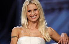 Michelle Hunziker smentisce la gravidanza? http://www.sologossip.com/2015/11/01/michelle-hunziker-smentisce-la-gravidanza/