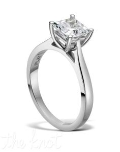 R-3269 by Jeff Cooper // More from Jeff Cooper: http://www.theknot.com/gallery/wedding-rings/Jeff Cooper