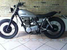 wrenchmonkees: Daniele's SR 500  What a sweet little Yamaha.