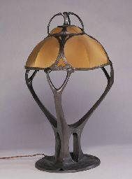 Art Nouveau pewter Osiris table lamp designed by Friedrich Adler. Manufactured by Walter Scherf & Co., Nürnberg, Germany