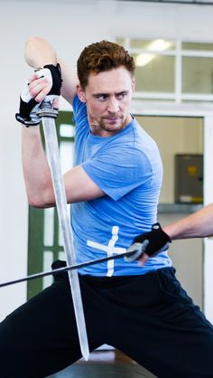 Oh fuck me dead seriously!!!! You're killing me hiddles! I have a thing for bows and swords and REALLY!