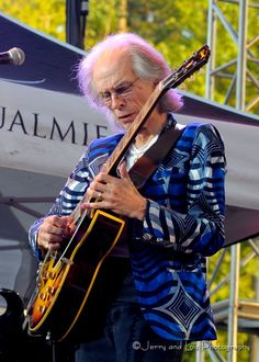 Steve Howe of Yes