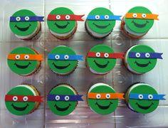 Fondant Teenage Mutant Ninja Turtles Cupcake Toppers Sophia would love this Ninja Turtle Cupcakes, Kid Cupcakes, Ninja Turtle Birthday, Ninja Turtle Party, Cupcake Party, Party Cakes, Ninja Cake, Tmnt Cake, Fondant Cupcake Toppers