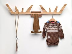 Moose head coat rack, perfect for a nursery. Coat Pegs, Coat Hanger, Wall Hanger, Wall Hooks, Moose Head, Moose Antlers, Decoration Inspiration, Rack Design, Kid Spaces