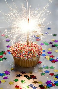 Birthday-sparklers for candles on a cupcake with sprinkles. Happy Birthday Quotes, Happy Birthday Images, Happy Birthday Greetings, Birthday Messages, Birthday Pictures, Happy Birthday Me, Birthday Fun, Happy Birthday Sparkle, Happy Birthday Fireworks