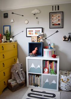 Boy Room Design & Decor - Guide to Decorating a Boy's Bedroom - Decor By Daisy Farrow Ball cornforth white, interior ideas, childrens room decor with a vintage and wooden toys, ikea kallax hack with hand painted mountains Farrow Ball, Childrens Bedroom Storage, Childrens Room Decor, Playroom Decor, Childrens Bedrooms Boys, Nursery Storage, Ikea Kids, Ikea Design, Design Design