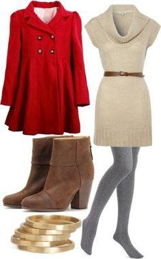 Look perfevto para invierno: un sobretodo, vestido tipo sueter, mallas y botines de ante.